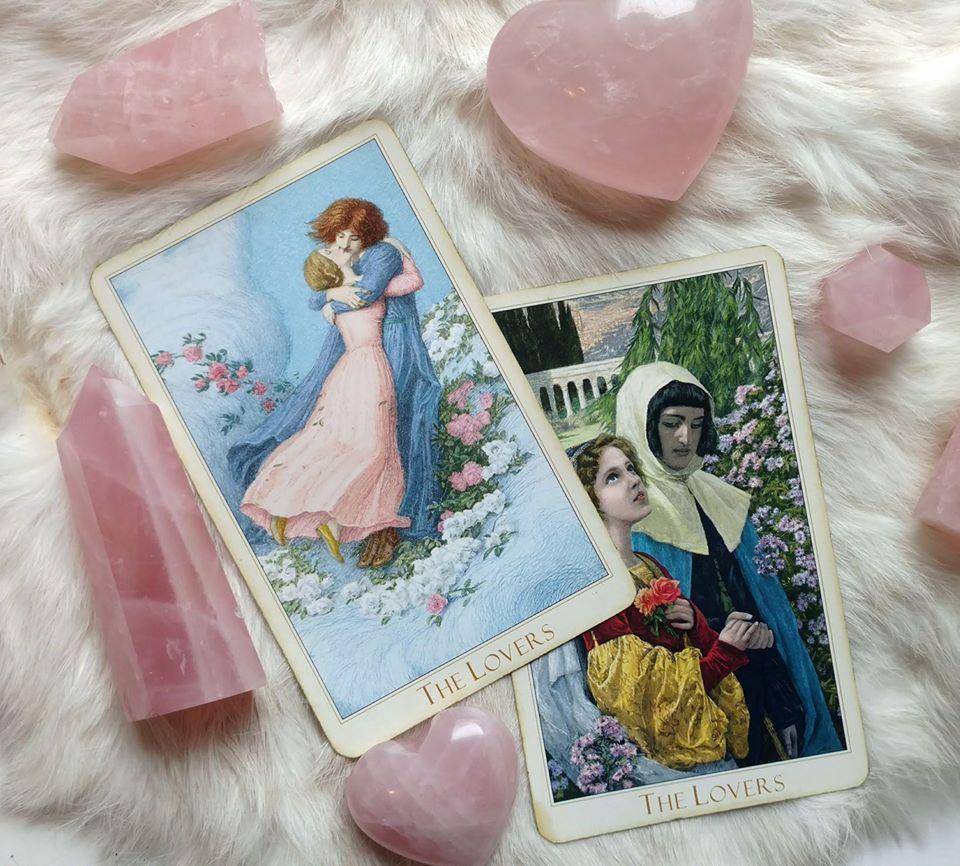 My Top 3 Tarot Decks For Love & Romance ⋆ Tarot By Emilie