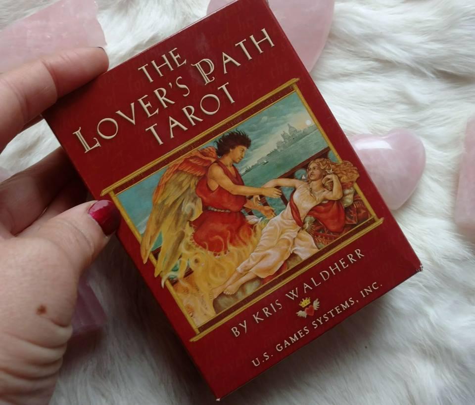 My Top 3 Tarot Decks For Love & Romance ⋆ Tarot By Emilie - Psychic