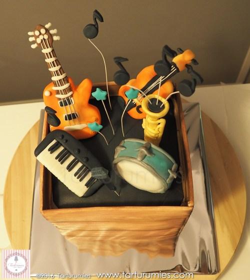 8º Paso Tarta Caja de Instrumentos Musicales Tarturumies