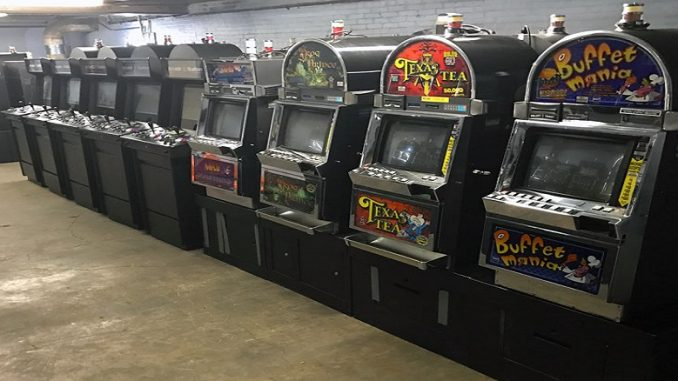 old-slot-machines-678×381