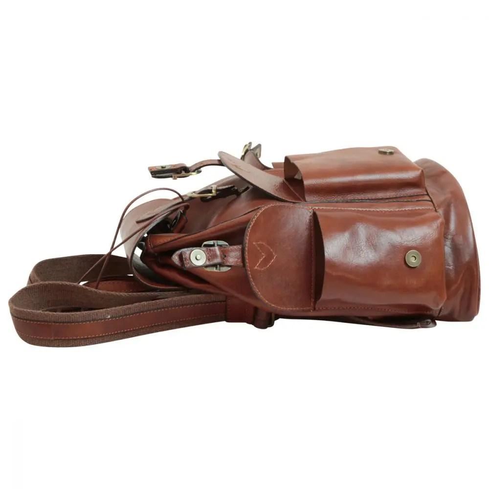 Liegende Rucksack aus Leder