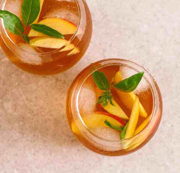 Peach Iced Tea cold brew summer drink fruits