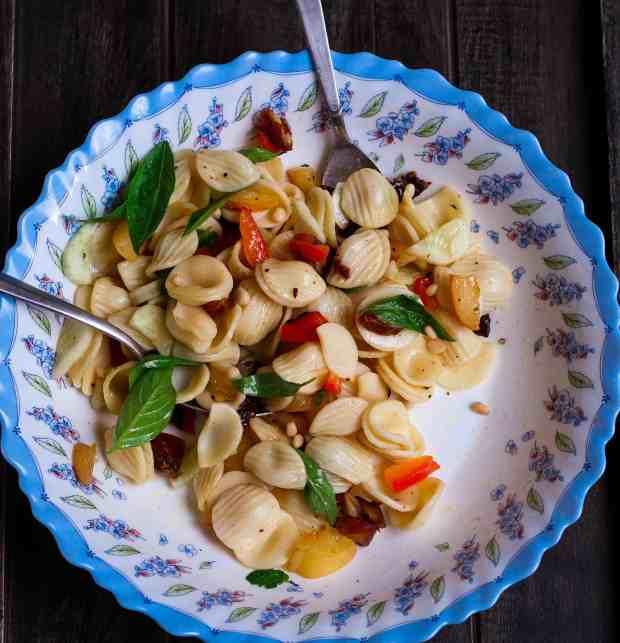 Apricot & Date Pasta Salad healthy vegan summer easy recipe