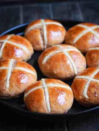 Hot Cross Buns   Vegan Eggless easy Easter recipe