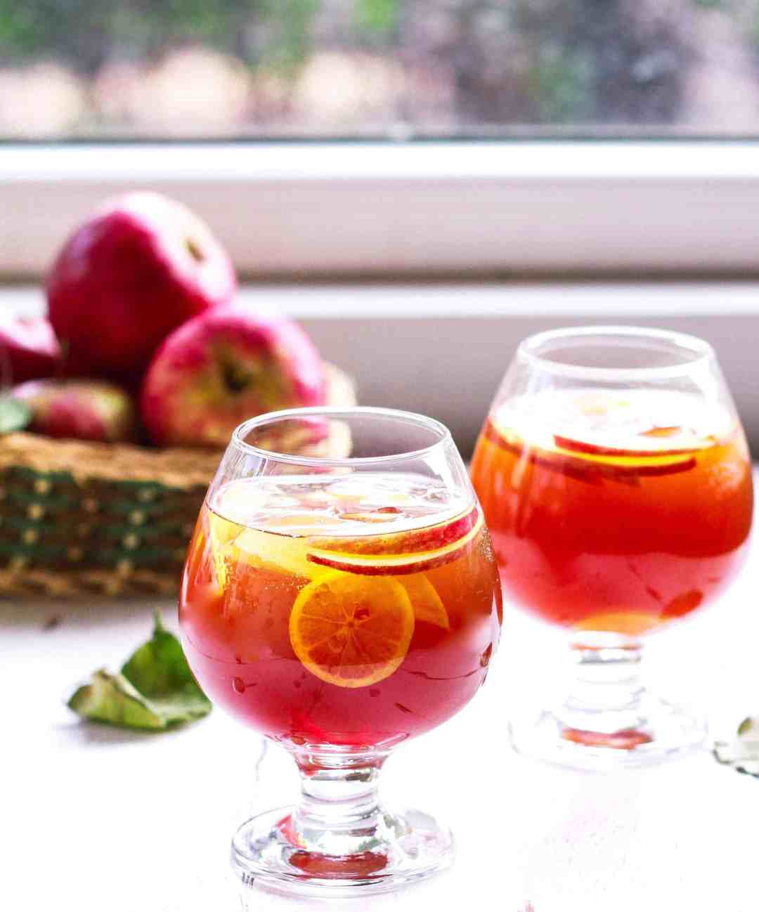 Whiskey Apple Iced Tea Fall Cocktail