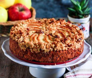 Apple Crumble Cake easy vegan baking