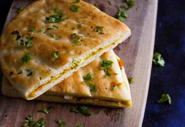 Paneer Kulcha, sandwich, paneer, cottage cheese, flatbread, vegetarian
