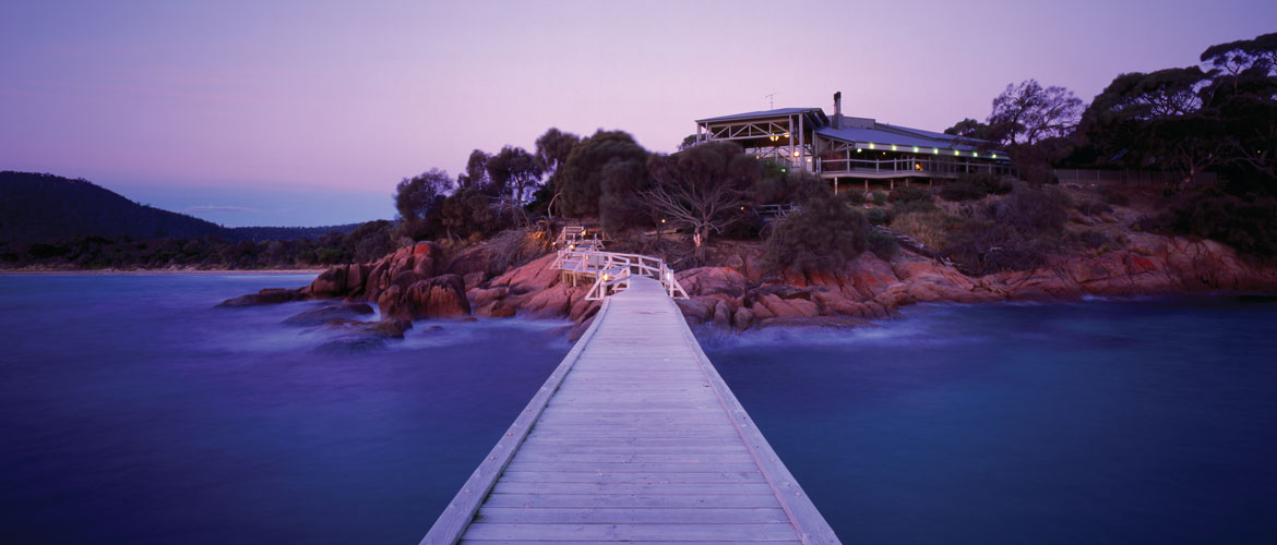 Freycinet Lodge - Absolute Waterfront Position