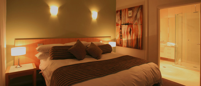 Inviting Bedroom Furnishings