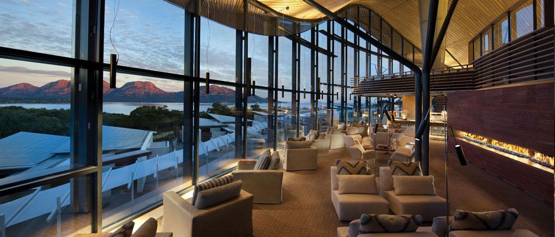 Impressive Lounge