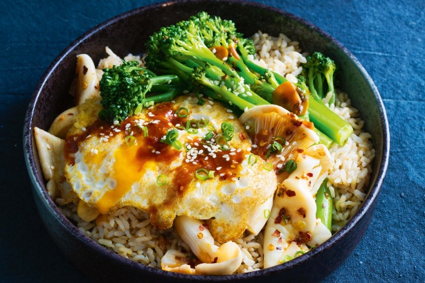 Speedy miso rice bowl