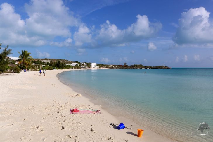 The calm waters of Sapodilla Bay are ideal for families.