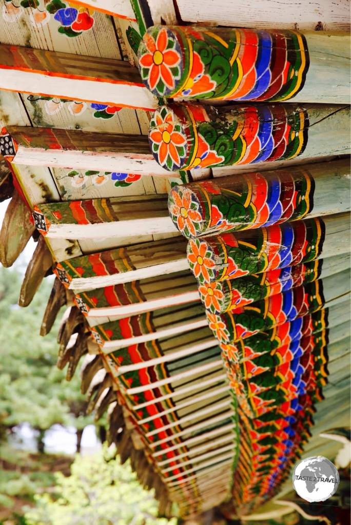 Detail of temple awning at the Koryo Museum in Kaeson.