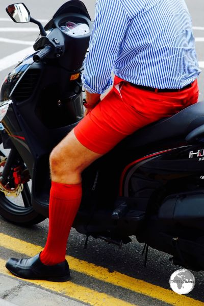 Bermuda shorts come in a variety of colours, with 'Bermuda red' (same colour as the flag) being especially popular.