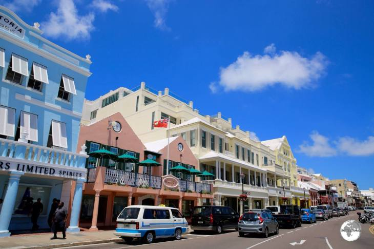 Bermuda Travel Guide: Front street in downtown Hamilton.