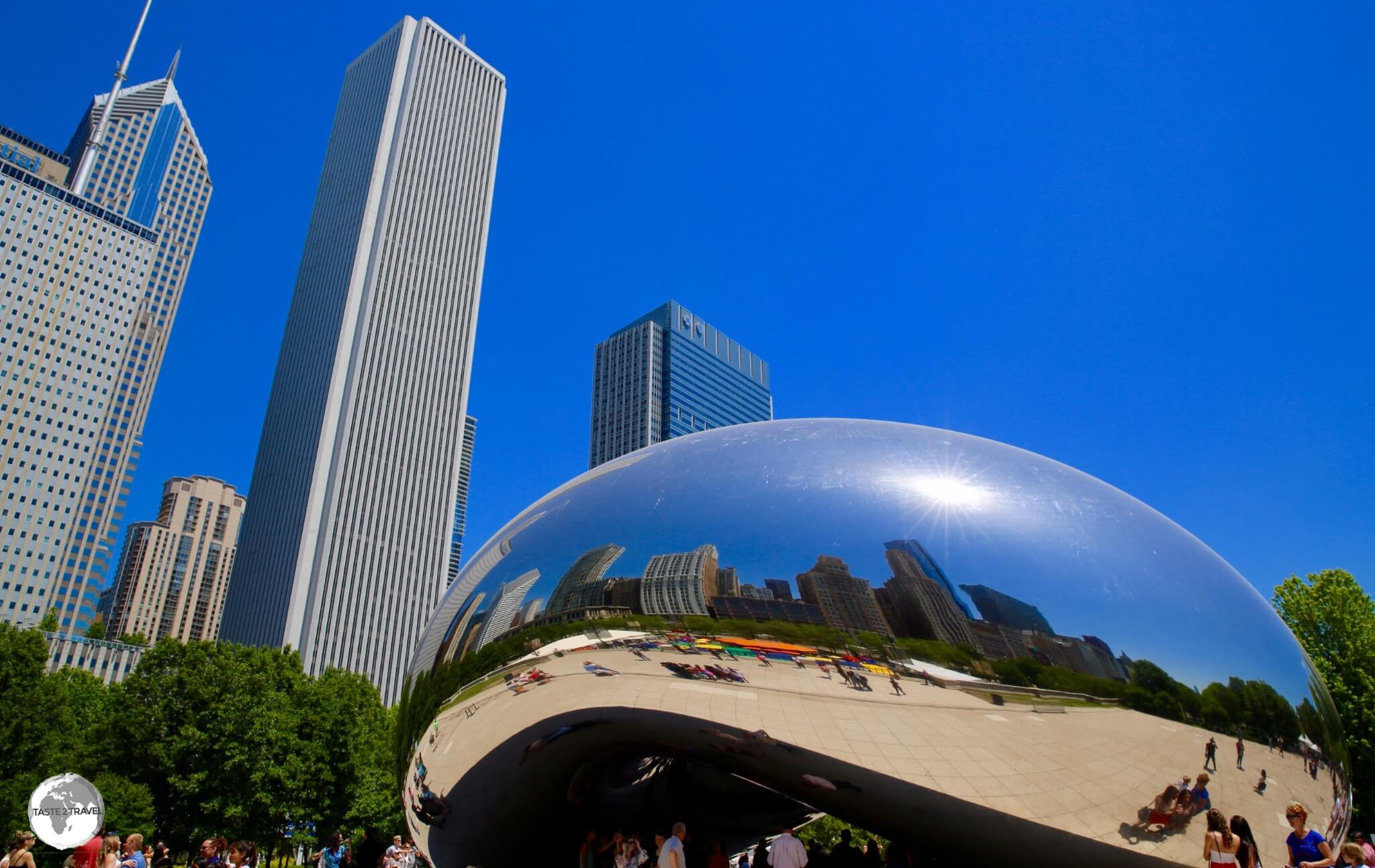 Anish Kapoor's 'The Bean'.
