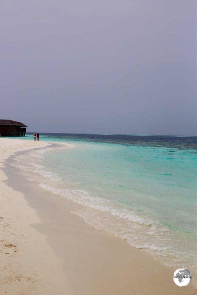 Beach on Vilamendhoo.
