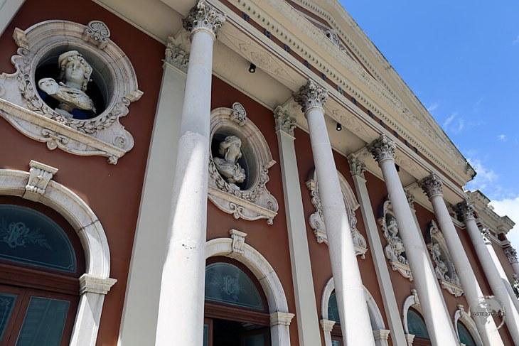 The imposing exterior of Theatro da Paz in Belém.