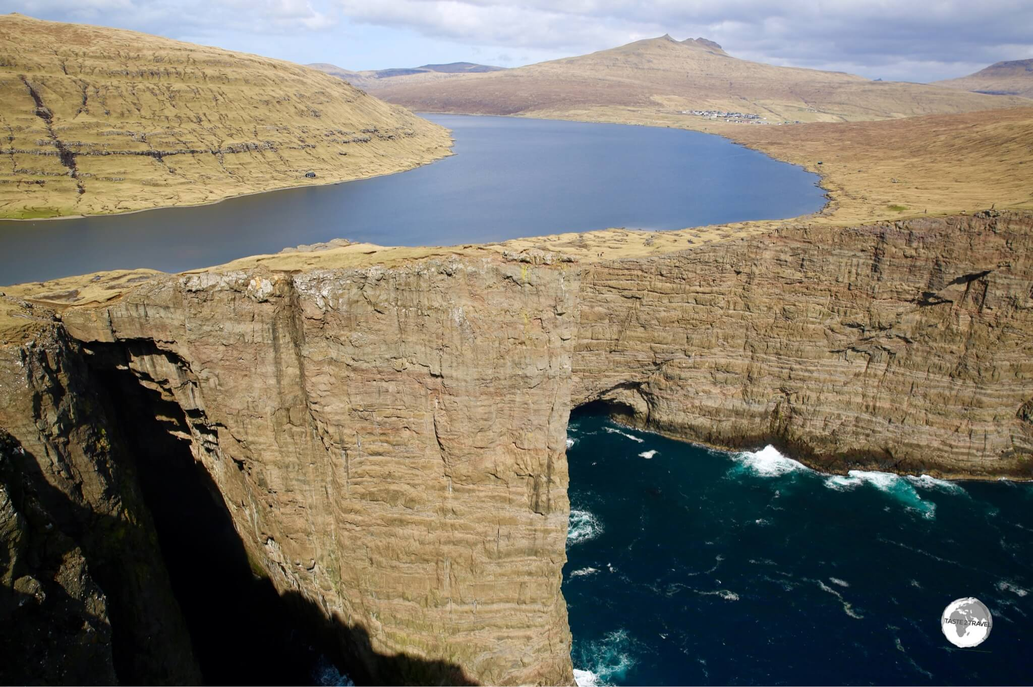 An incredible sight - Sørvágsvatn (the largest lake in the Faroes) seems to float above the sea.