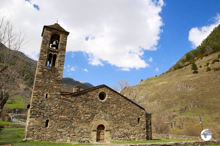 The Església de Sant Martí de la Cortinada was originally built in the 11th century.