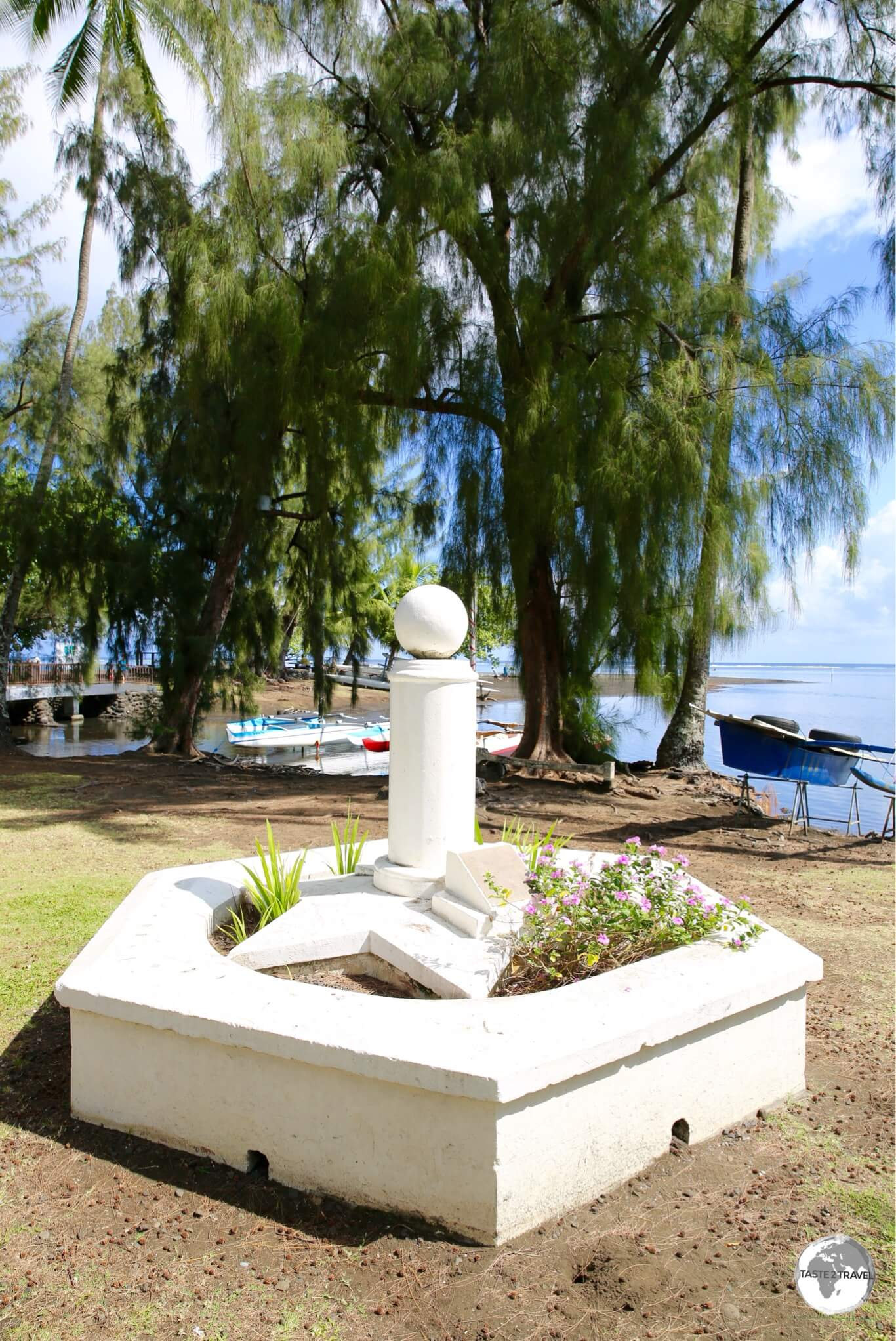 A marker at Venus Point commemorates the visit by Captain James Cook in 1769.