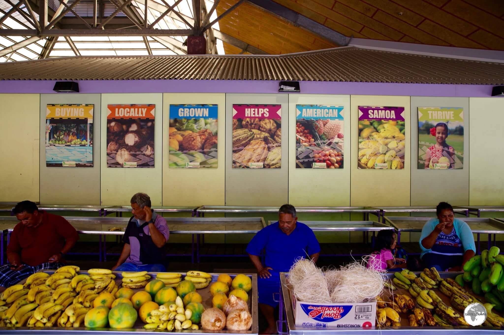 Vendors at Fagatogomarket in Pago Pago.