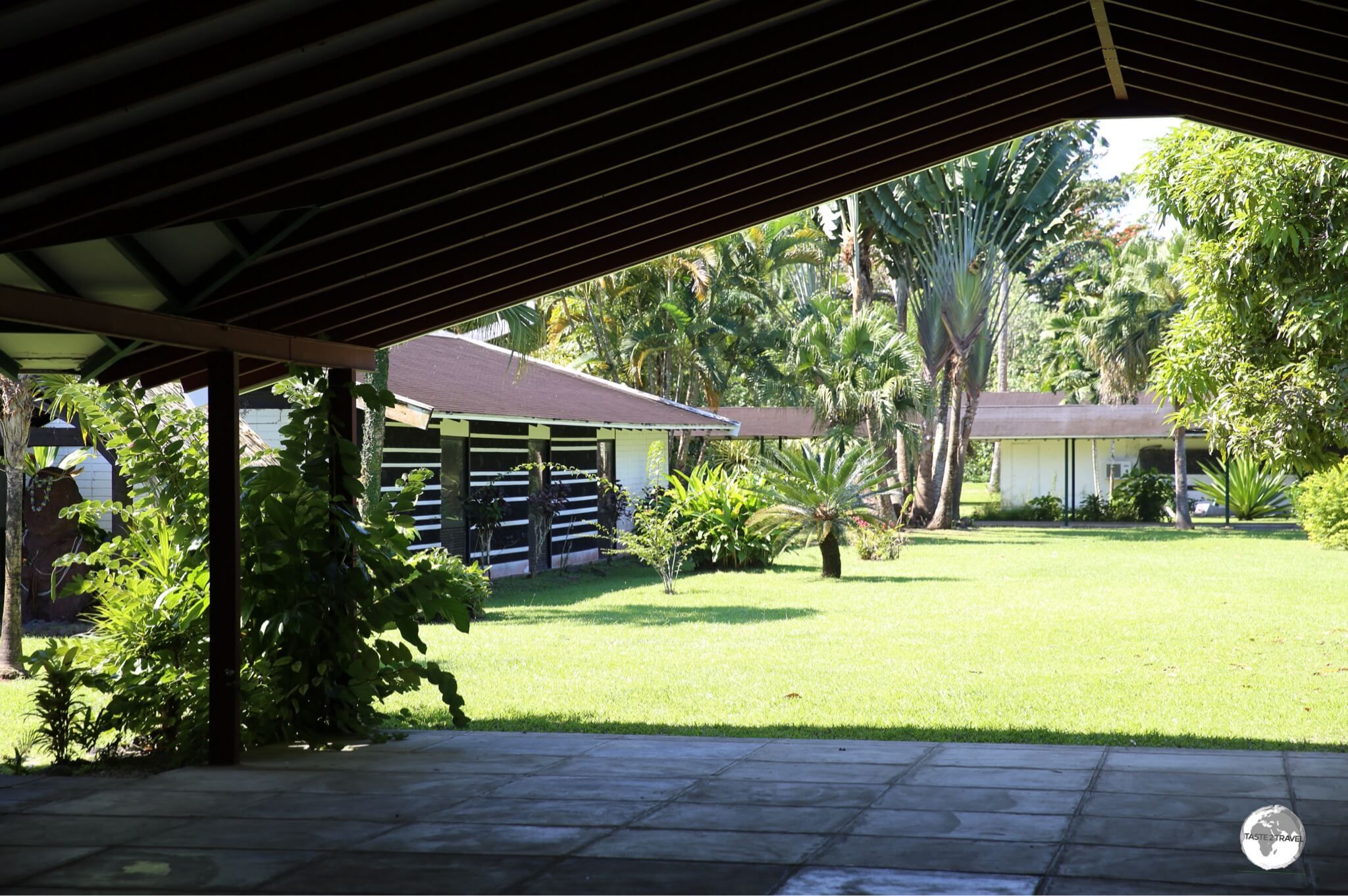 A sneak peak through the front gate of the now closed Paul Gauguin Museum.