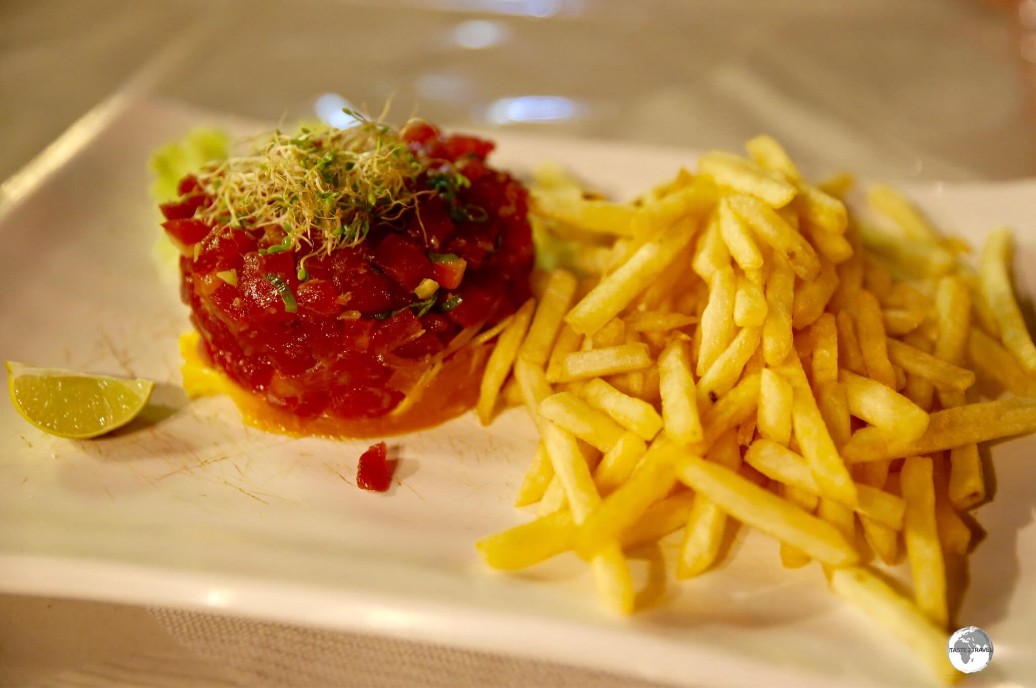 Tuna Tartare and French Fries from a Roulotte.