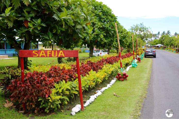 The immaculately-kept village of Safua on Savai'i island is typical of villages elsewhere on Samoa.