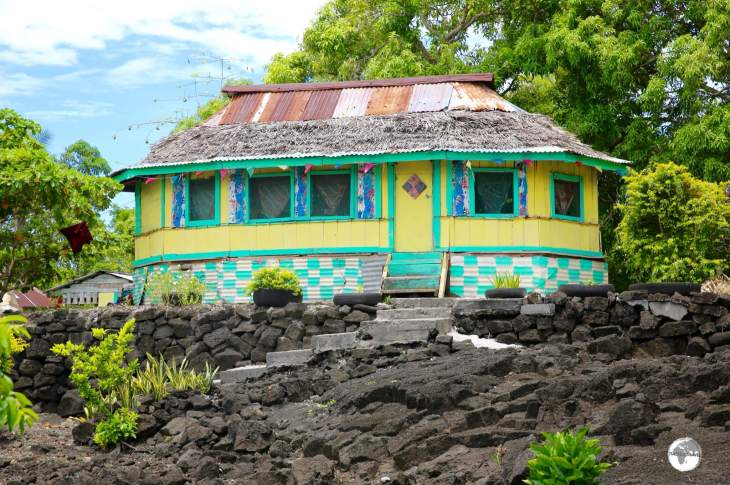 Many homes on Savai'i are built on volcanic lava flows.