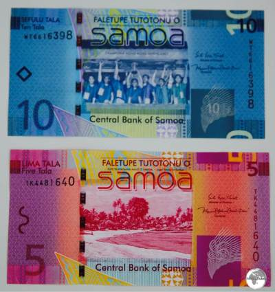 Samoan 5 and 10 Tala bank notes - front view.