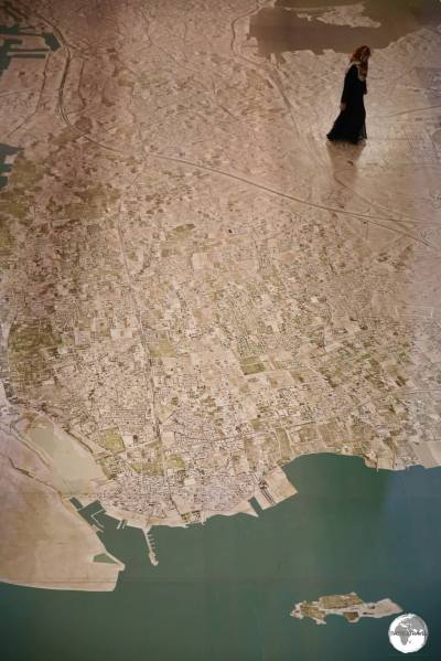 Covering 1200 m2, the huge aerial view of Bahrain which covers the ground floor of the museum.