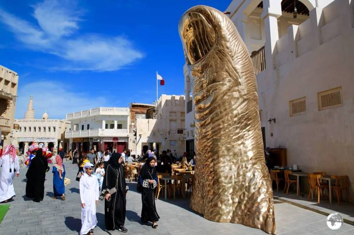 Installed in Souk Waqif, 'Le Pouce', by French artist César Baldaccini, is a giant bronze sculpture in the shape of a giant thumb.
