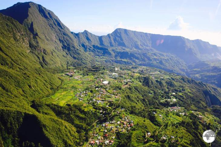 As seen from my helicopter flight, one of the three volcanic Cirques which form the interior of Réunion.