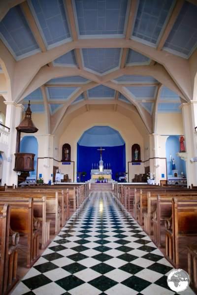 The interior of the Eglise de Cilaos.