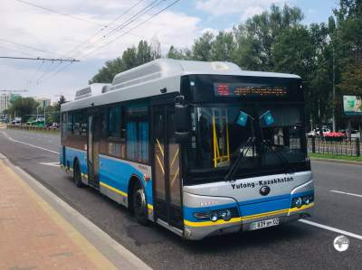 125 bus routes provide a comprehensive network throughout Almaty.