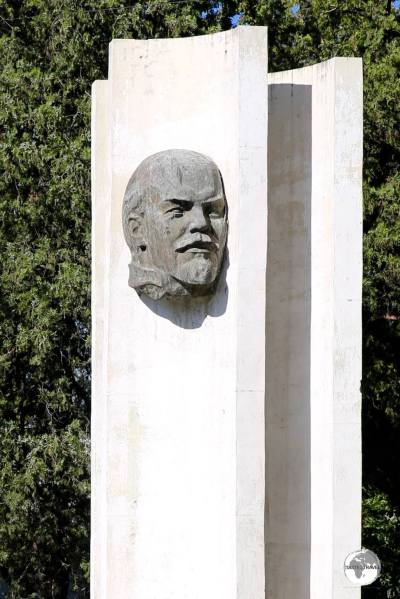A roadside monument to Lenin in Bishkek.