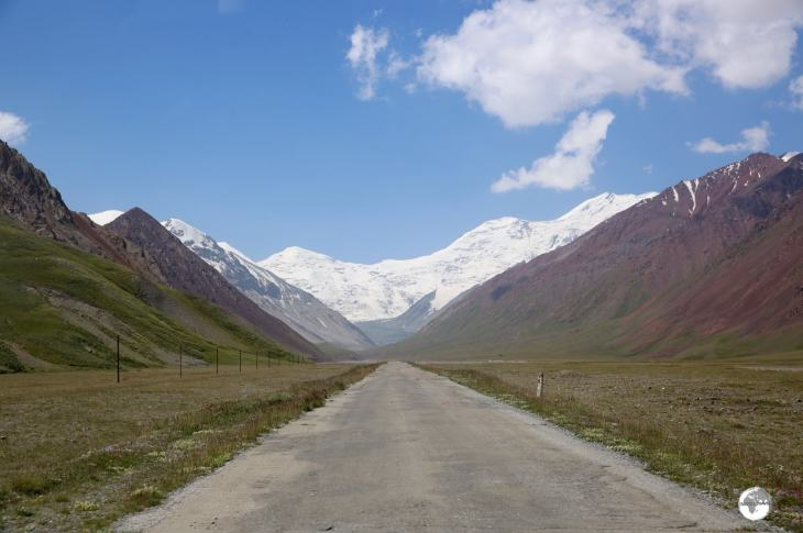 On the Pamir Highway, south of Sari Tash, approaching the Kyrgyzstan/ Tajikistan border.