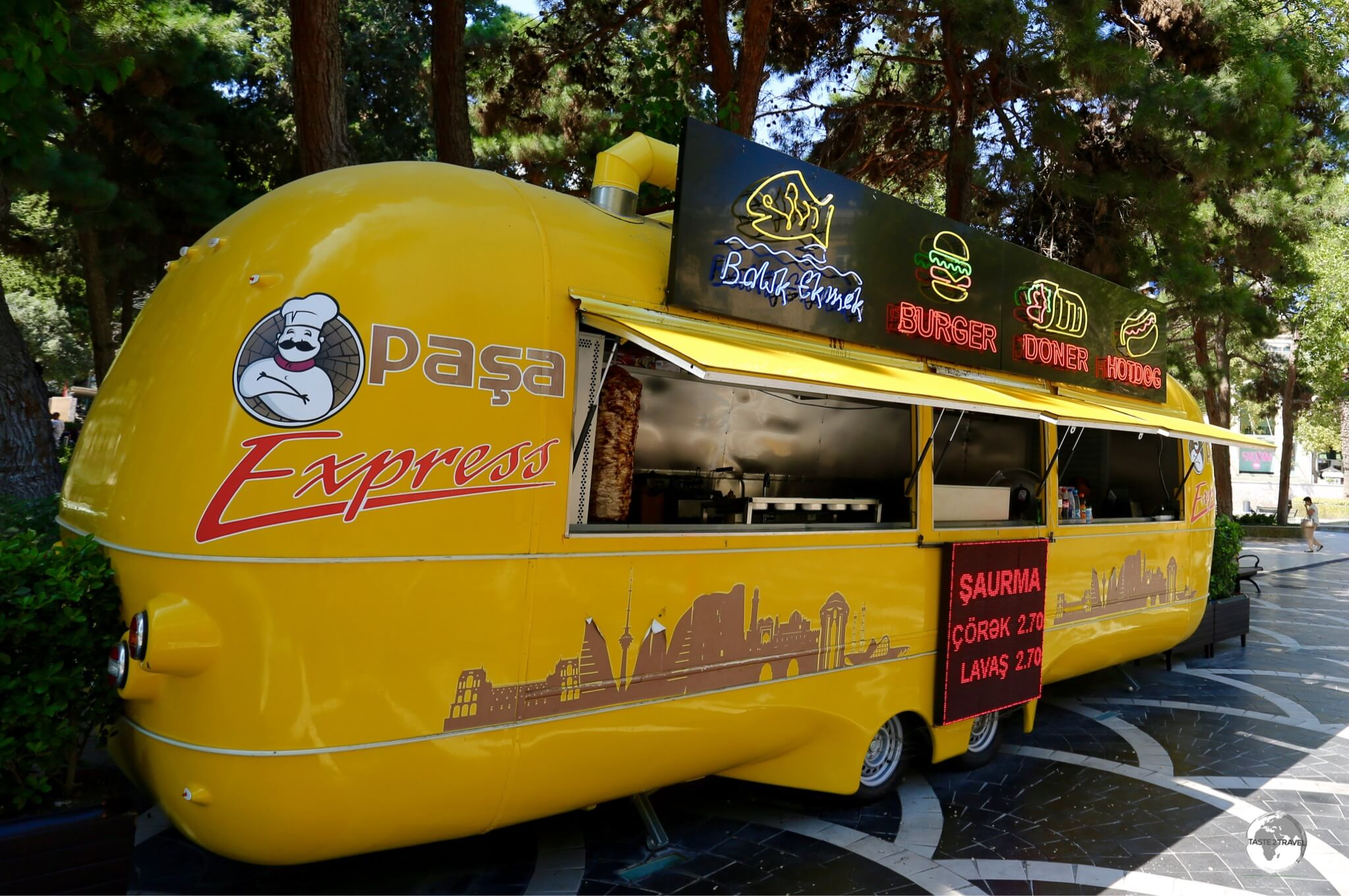 Colourful food trucks can be found throughout the downtown area of Baku.