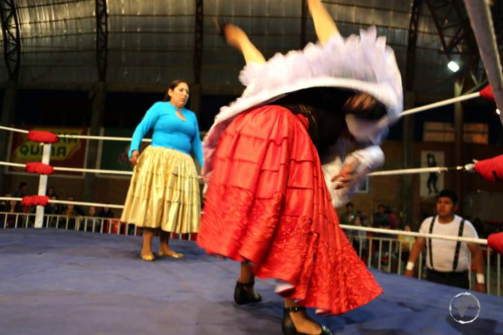 True to its historical roots, Cholita wrestling is a theatrical representation of domestic violence. Matches typically begin with a male villain attacking a female victim, with the female prevailing.