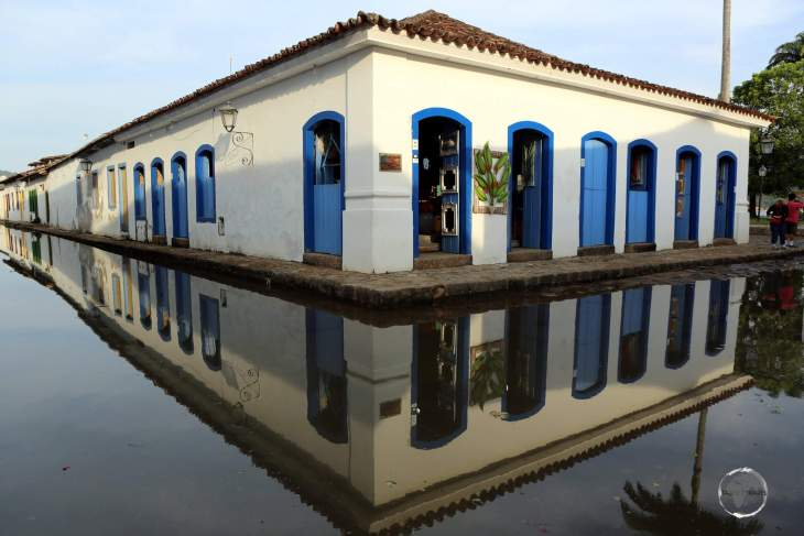 During high tides, the streets of historic Paraty flood, providing excellent reflection photography of fine Portuguese architecture.