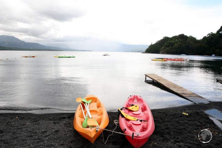 Located on Lake Villarrica, the town of Pucon is a centre for outdoor activities such as kayaking and hiking in the nearby Villarrica National Park.