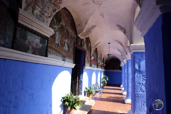 A highlight of Arequipa, the Convent of Santa Catalina de Siena was officially founded in 1580, attracting women of wealth or from important Spanish families.