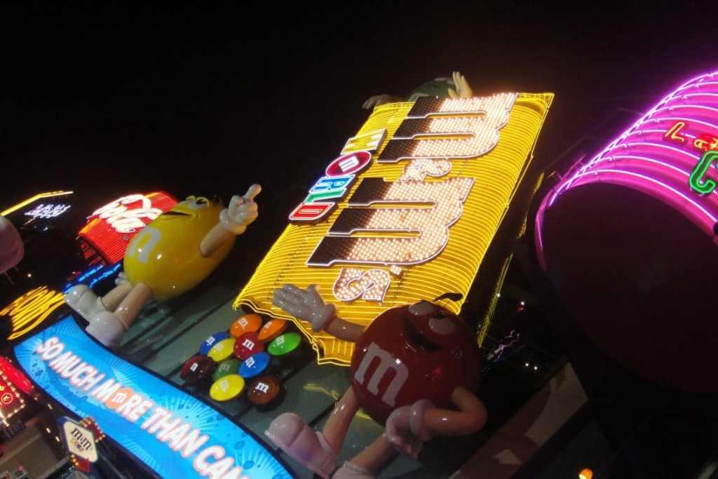 M&M World Vegas
