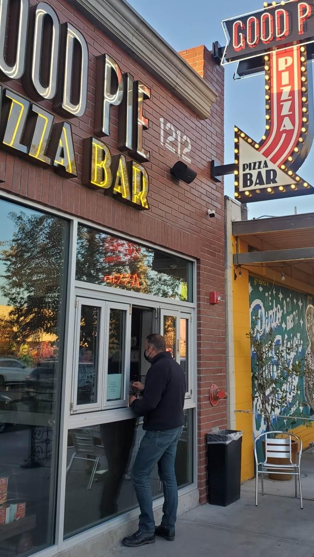Pizza window Taste Buzz Vegas Food Tours