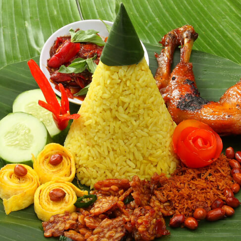 10 Indonesia food to try - tastecapade.com