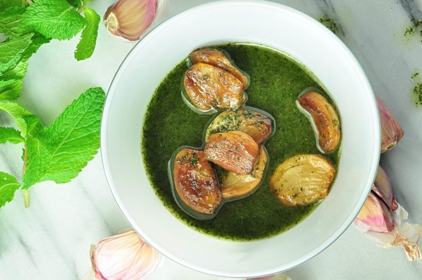 garlic_in_mint_oil_mandelmanns_koksbok