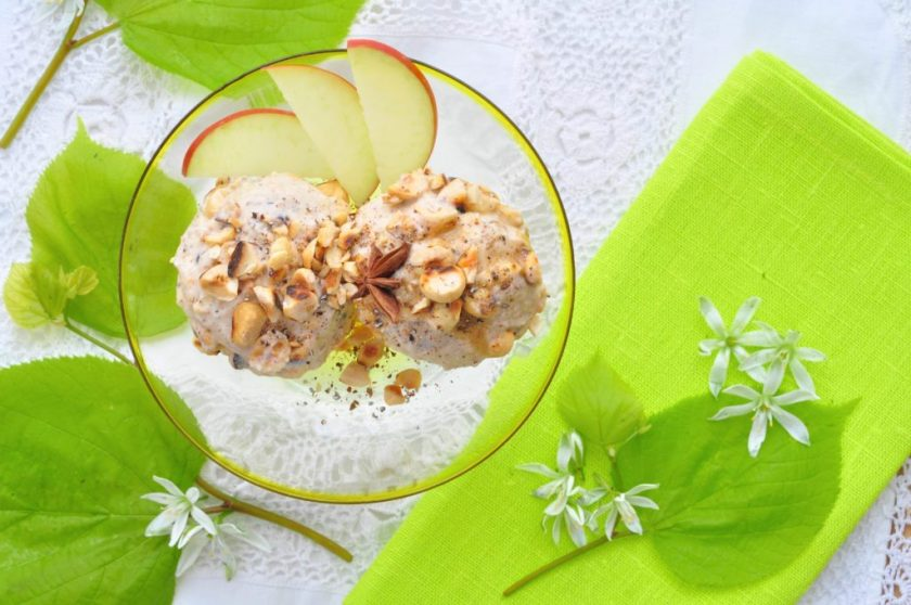 The_yoga_kitchen_apple_icecream_with_warm_spices_1