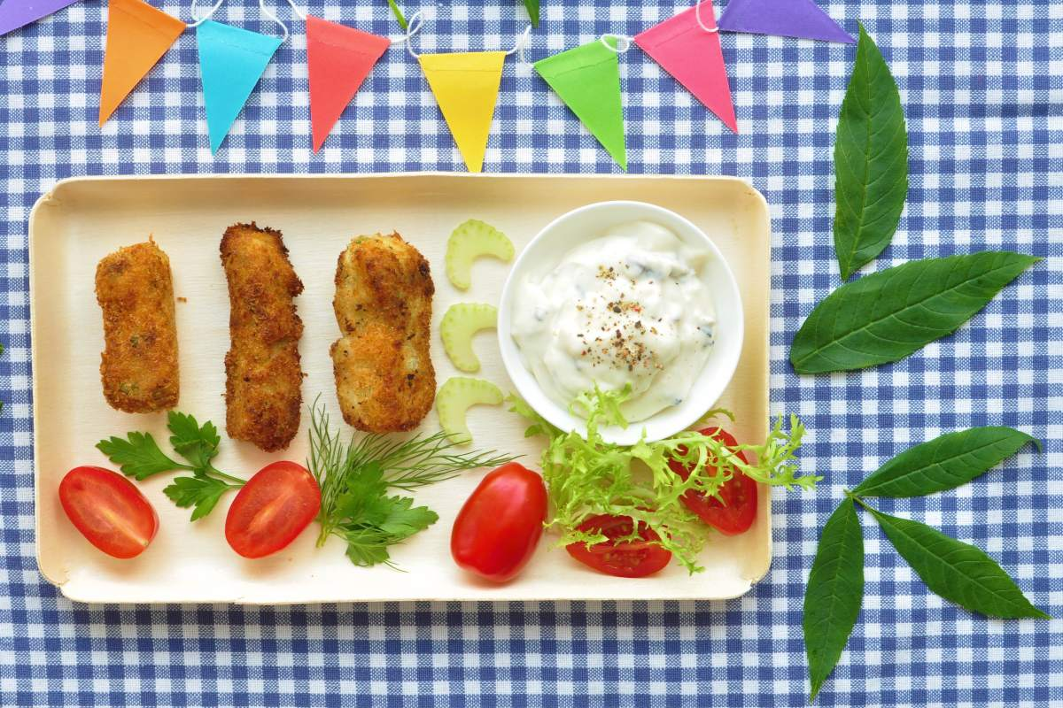 Deepfried_croquettes_with_white_asparagus