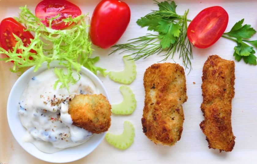 Deepfried_croquettes_with_white_asparagus_4